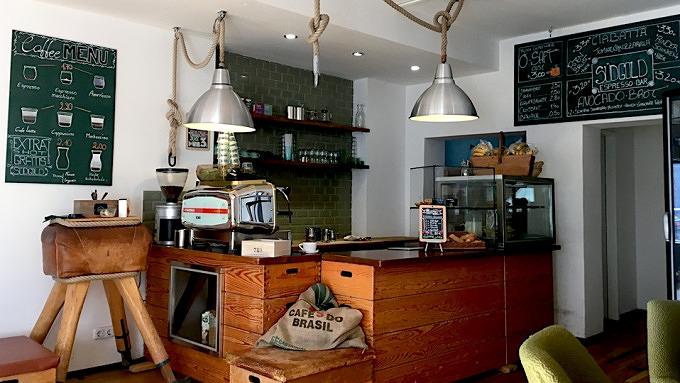 11 caf s mit richtig gutem kaffee mit vergn gen k ln. Black Bedroom Furniture Sets. Home Design Ideas