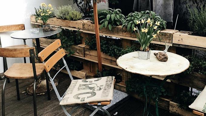 11 Restaurants Und Cafes In Koln Mit Schonem Hinterhof Mit
