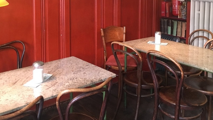 Christin Otto Russische Blinis Im Café Elefant