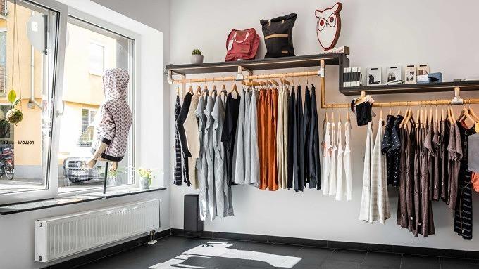 11 Geschafte In Koln In Denen Ihr Schone Fair Fashion Kaufen Konnt Mit Vergnugen Koln